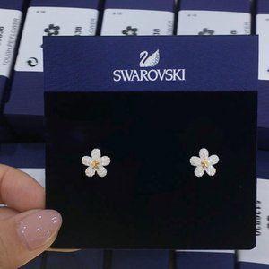 💧Swarovski TOUGH Flower Pendant Earrings